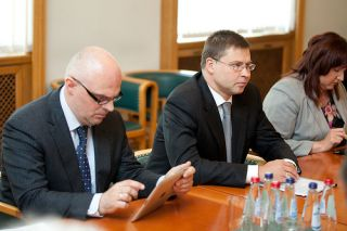 Roberts Kilis and Valdis Dombrovskis. Riga, 27.06.2012. Photo: flickr.com