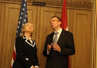 Hillary Clinton and Edgars Rinkevics. Riga, 29.06.2012. Photo: flickr.com