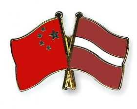 Flag-Pins-China-Latvia.JPG