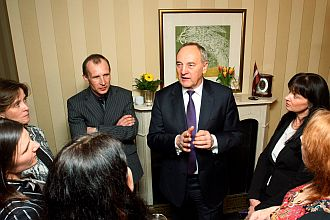 Andris Berzins' meeting with Latvians residing in Ireland. Photo: president.lv