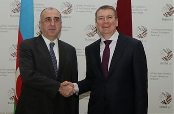 Elmar Mammadyarov and Edgars Rinkevics. Riga, 15.04.015. Photo: flickr.com