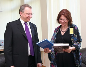 Egidijus Meilunas and Malgorzata Czyzewska, 20.05.2011. Photo: urm.lt