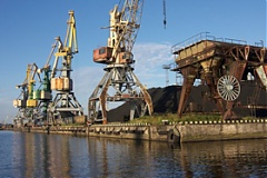 Port of Riga six-month cargo volume up 11.7 percent