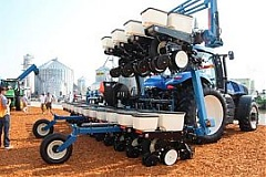 Kinze Manufacturing opens plant in Lithuania