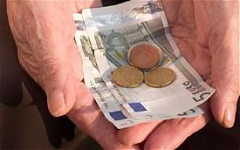 Half a million Lithuanian pensioners receive EUR 82.5 mln in compensation