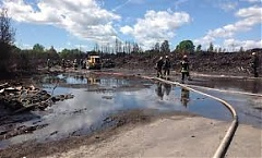 Latvian government grants EUR 700,000 for cleaning up illegal plastic waste dump in Jurmala after fire