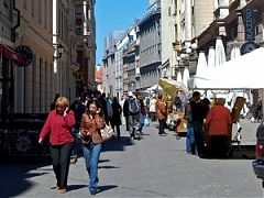 Population of Russian citizens in Latvia has grown by 28,000 people over decade