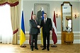 Presidents of Latvia and Ukraine call for continued sanctions on Russia