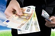 The average after-tax monthly salary rose to 822.1 euros in Lithuania